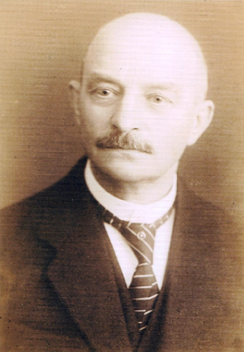 Feuerwehrmitglied war auch der Mitinhaber der Fa. Wender & Dürholt Fritz Lisner (1855-1916), der weltweit zahlreiche Patente im Bereich Qalitätsfenster hielt. Lenneparchiv Schmidt
