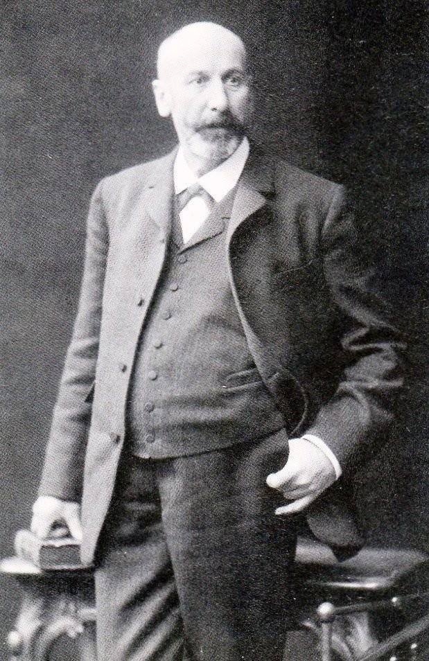 Der Tuchfabrikant Fritz Hardt (1844-1906) gab in der Regel als Vorstandsmitglied das Geld für die frühen Neuerungen der Feuerwehr. Lenneparchiv Schmidt