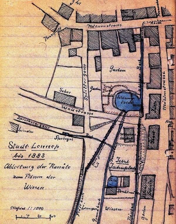 Baumeister Schmidt führte in Lennep u.a. die moderne Kanalisation ein. Offene Schlammansammlungen, wie hier noch zu sehen, sollten vermieden werden. Lenneparchiv Schmidt.